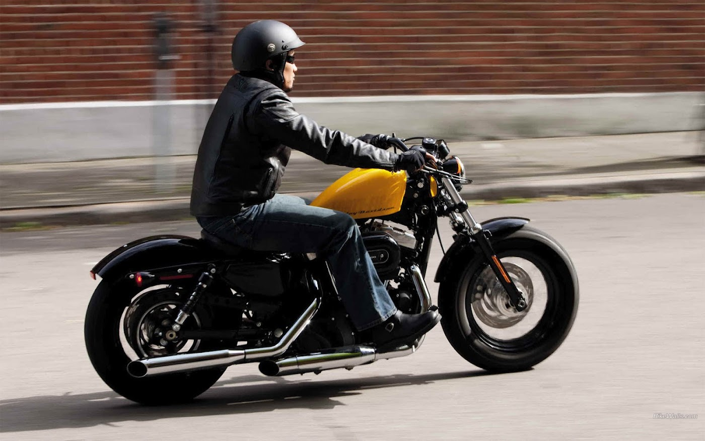 Harley-Davidson-XL 1200-X-Sportster-Forty-Eight