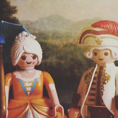 HISTORIA (AL ESTIL PLAYMOBIL)
