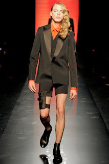 Androgyny Feminine Men http://france-style.blogspot.com/2011/02/inconspicuous-influence-case-study-on.html