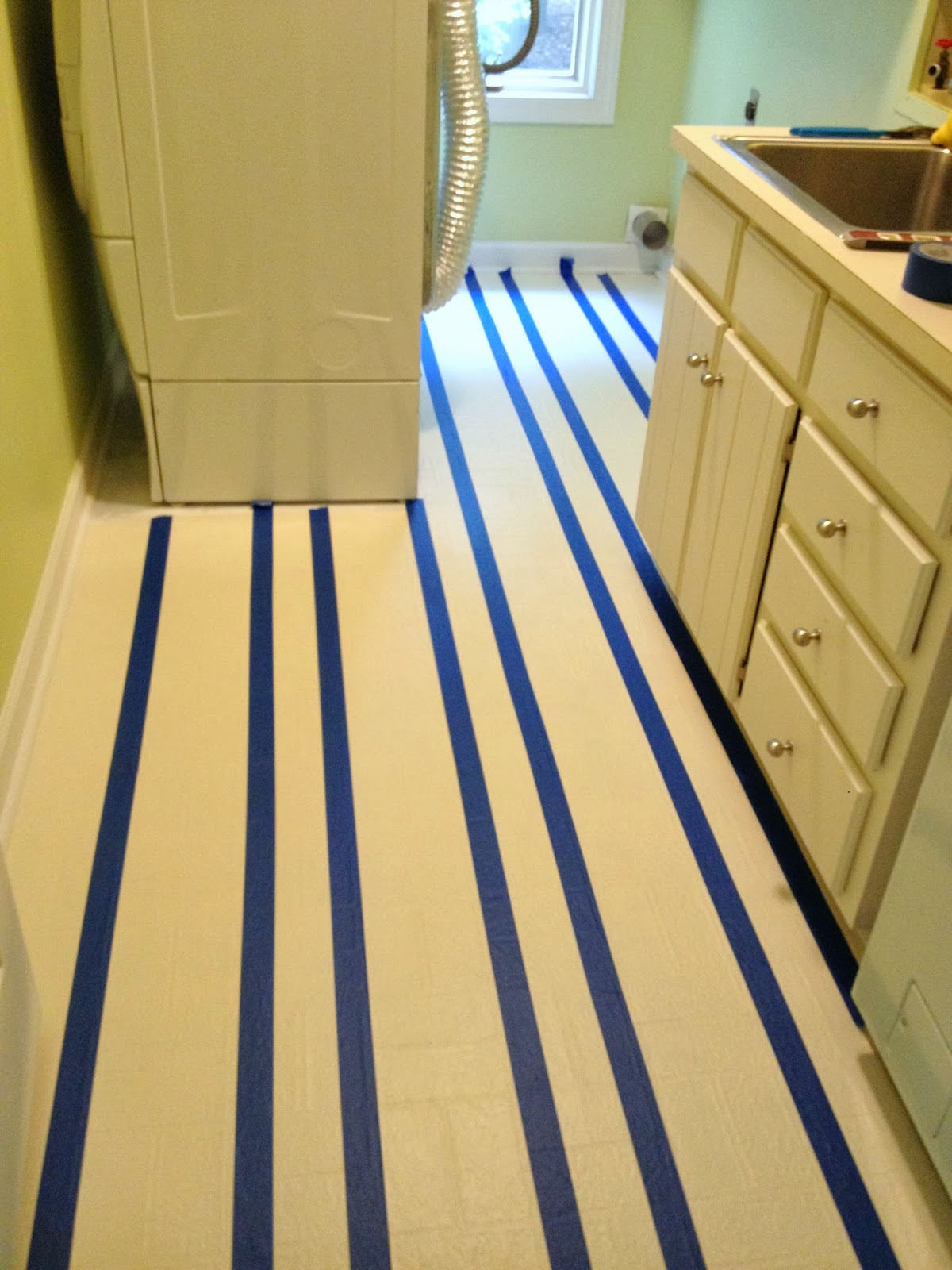 Learn how to paint vinyl floors yes you can do that for Can you paint over linoleum
