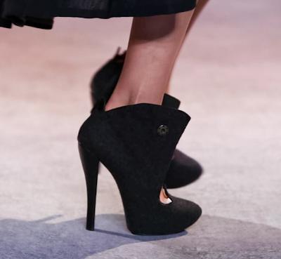 Ulyana Sergeenko-ElBlogdePatricia-HauteCouture-shoes-zapatos-calzature-scarpe-calzado