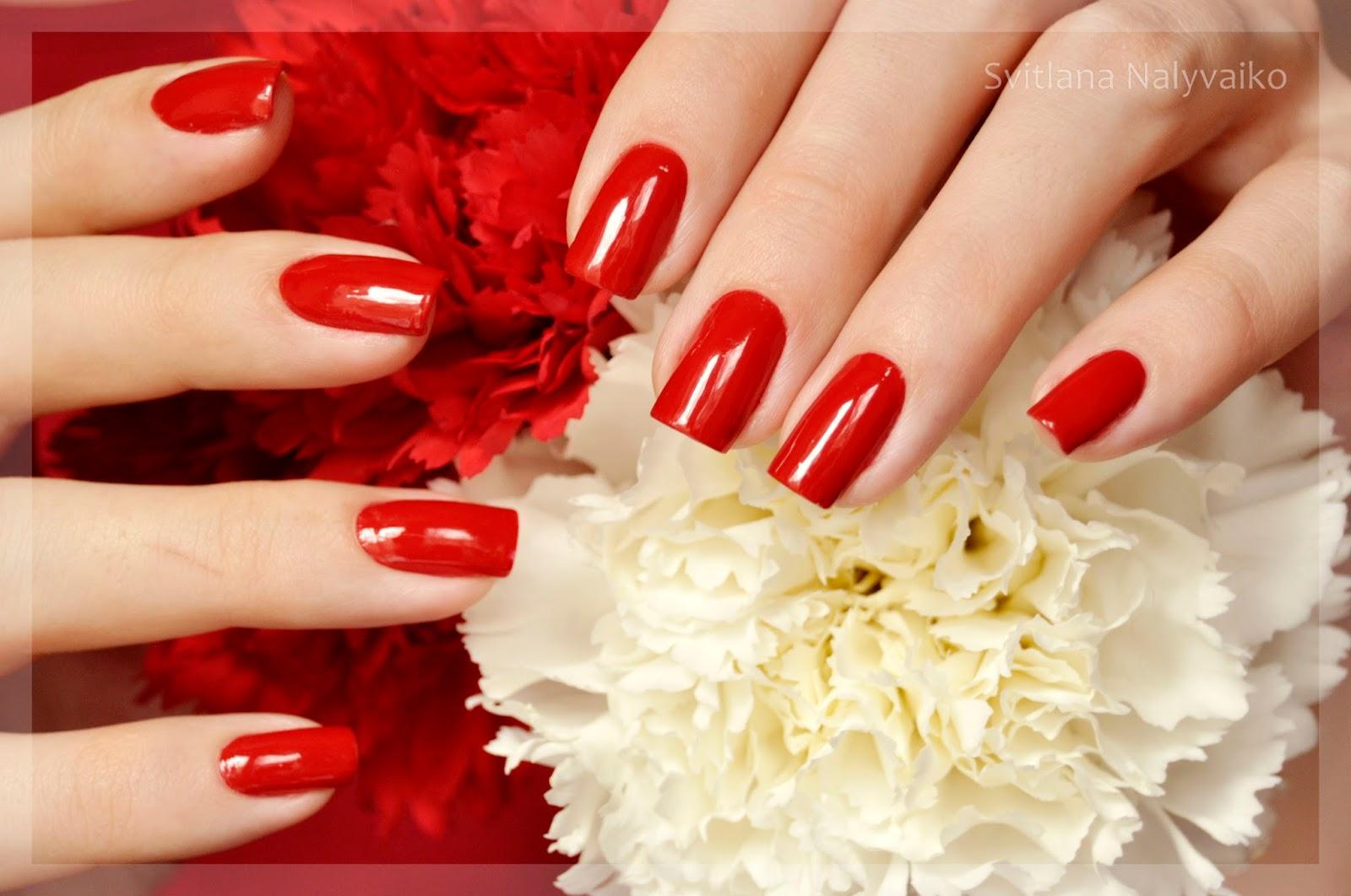 Свотч красный лак для ногтей Formula X Nail Color в оттенке X-Rouge swatch