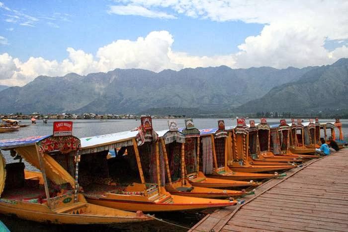Shikara, Kashmir