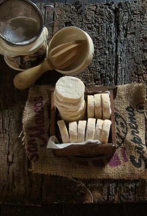 Lemon Shortbread  / une gamine dans la cuisine