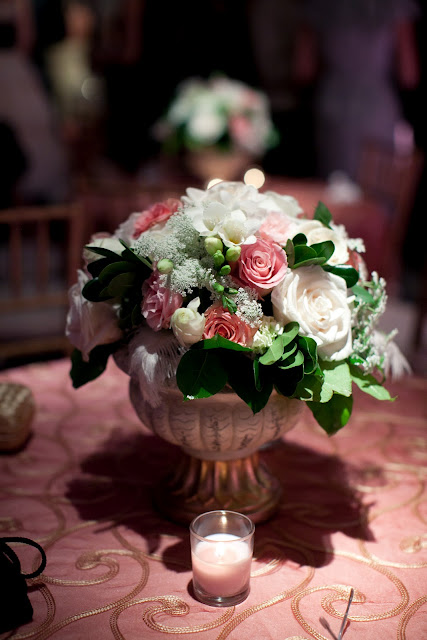 wedding flower centerpiece, roses, freesia, feathers, queen anne's lace, Isha Foss Events, Chrysler Museum