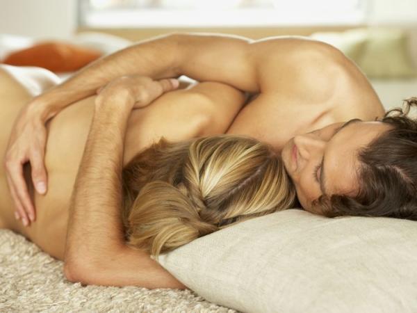 almuerzo sexo orgasmo