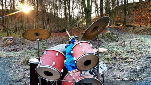 playing frozen drums
