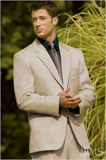 takım elbise erkek giyim kıyafetleri erkek giyimi