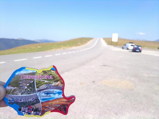 Maseur la evenimentul Depăşeşte-ţi Limitele, ediţia a 2-a, desfăşurat pe Transalpina. O excursie frumoasă la munte. Masaj sportiv de recuperare după efort, terapeutic, de relaxare