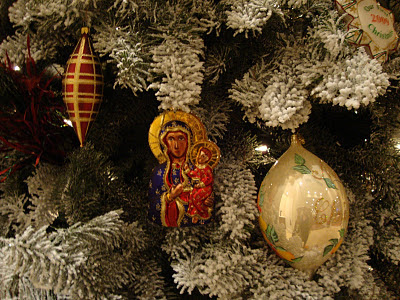 Christmas Tree Decorations with the Black Madonna, Photo (c) 2011 by Maja Trochimczyk