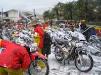 Usaha Jasa Cuci Sepeda Motor