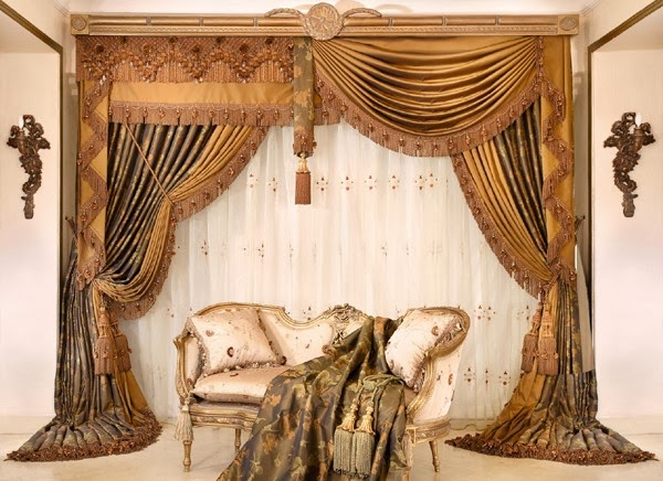 living room design ideas: Luxury and modern drapes curtain design for living room