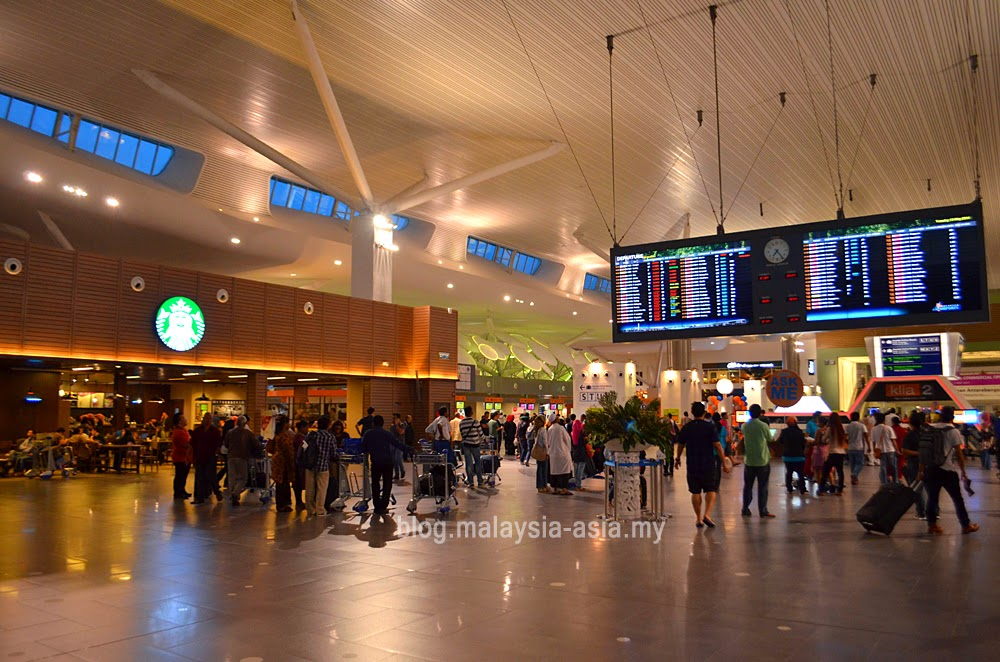 departure hall at klia2