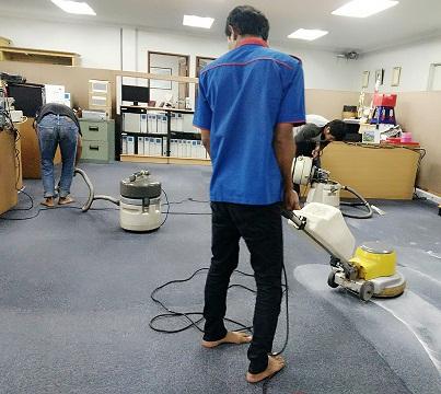 Melayani Laundry Cuci Karpet