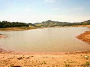 Reservatório do Sistema Cantareira seco