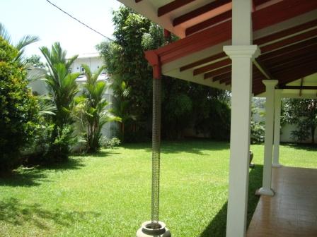 Properties in sri lanka 866 brand new luxury house for sale for Garden designs in sri lanka