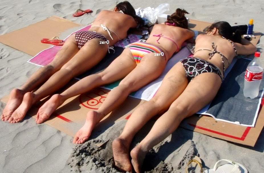 maui taylor viva hot babes bikini pics 02