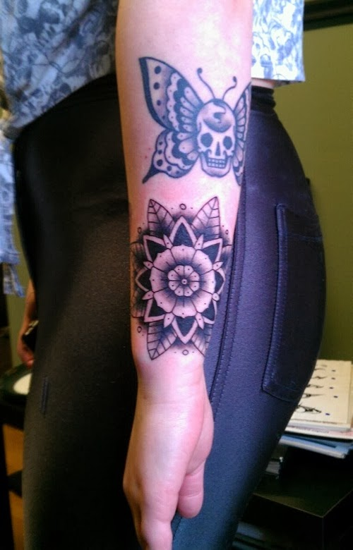 tattoos designs for women on arm