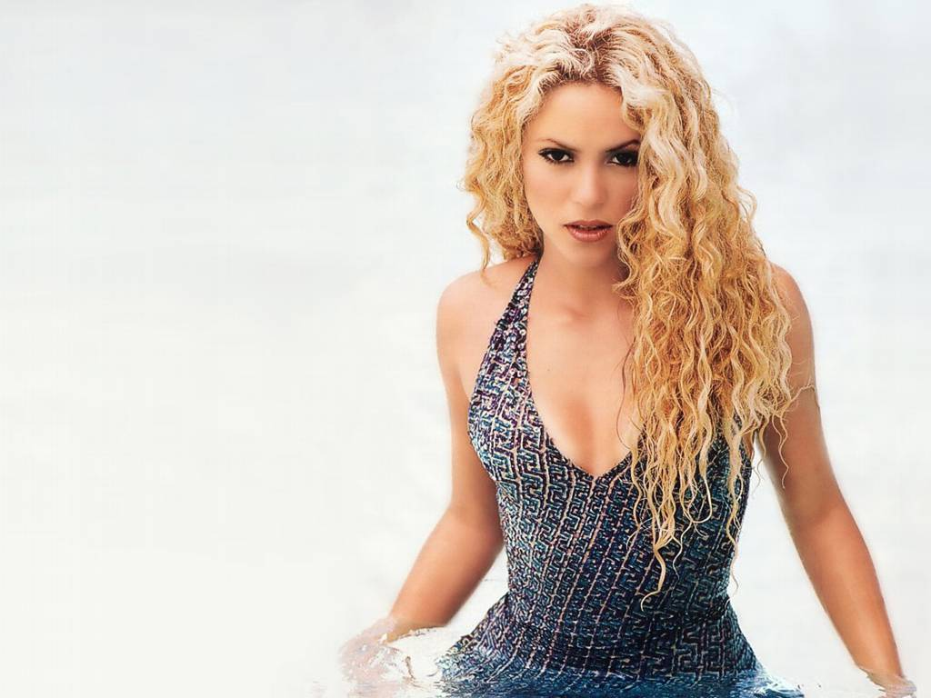 http://4.bp.blogspot.com/-jOD8hptjvi4/Tv3NZOJ35bI/AAAAAAAADF8/E3fWODMS8IA/s1600/Shakira+wallpaper+%252813%2529.jpg