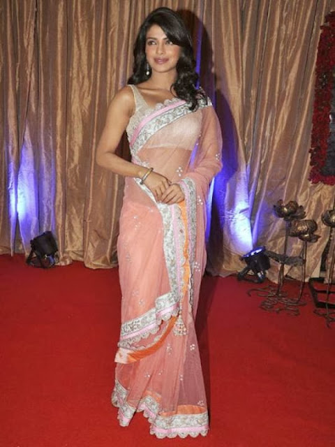 Priyanka Chopra in Plain Tacky Sari Pics