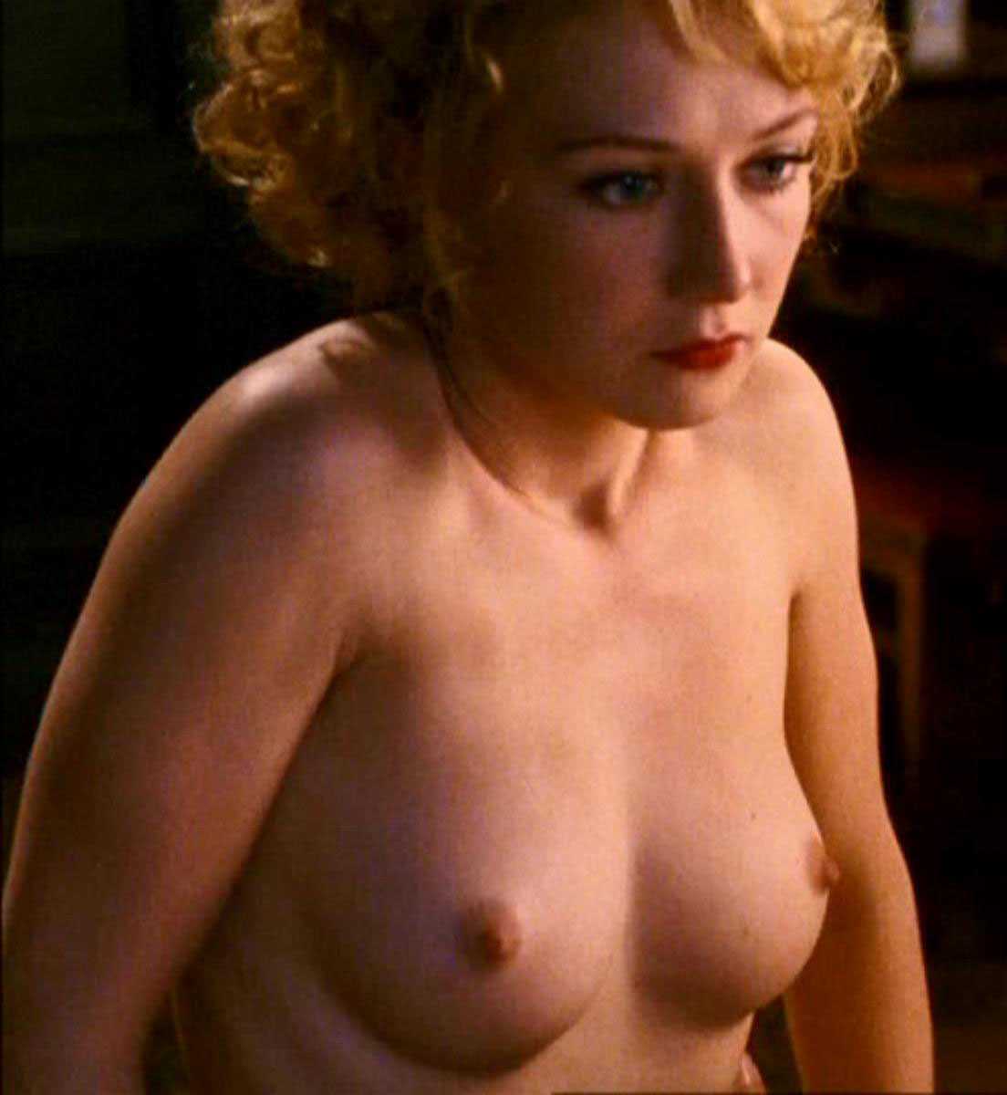 nude photos of anna