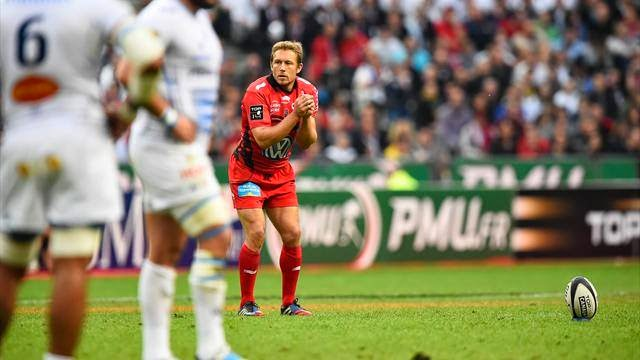 The great Jonny Wilkinson; not just a top rugby player, but a good squatter too.