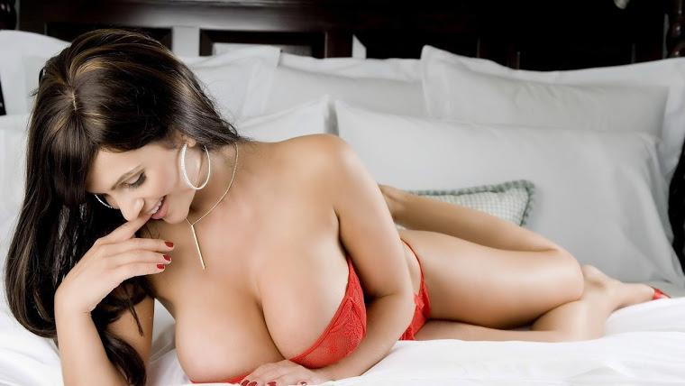 Nỗi khổ gái xinh ngực to như dưa hấu 22