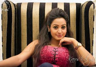 Kaushalya Madhavi big