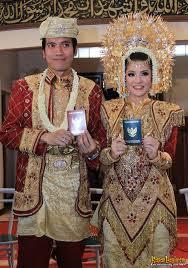 Foto Pernikahan Desta dan Natasha