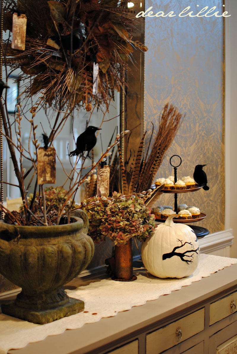 dear lillie a little halloween in the dining room. Black Bedroom Furniture Sets. Home Design Ideas