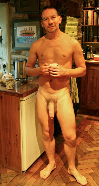 amateur naked Hung men