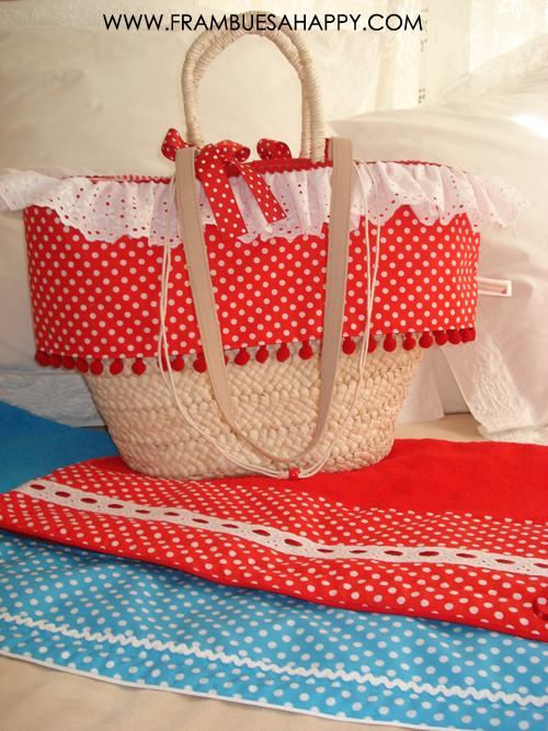Frambuesa happy cesta de palma con toalla personalizada - Cestos de palma ...