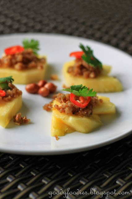 ... Recipe: Thai appetizer, Galloping Horses (Ma Haw ม้าห้อ
