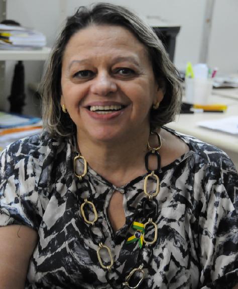 Escritora potiguar é selecionada para participar de Feira do Livro na Alemanha