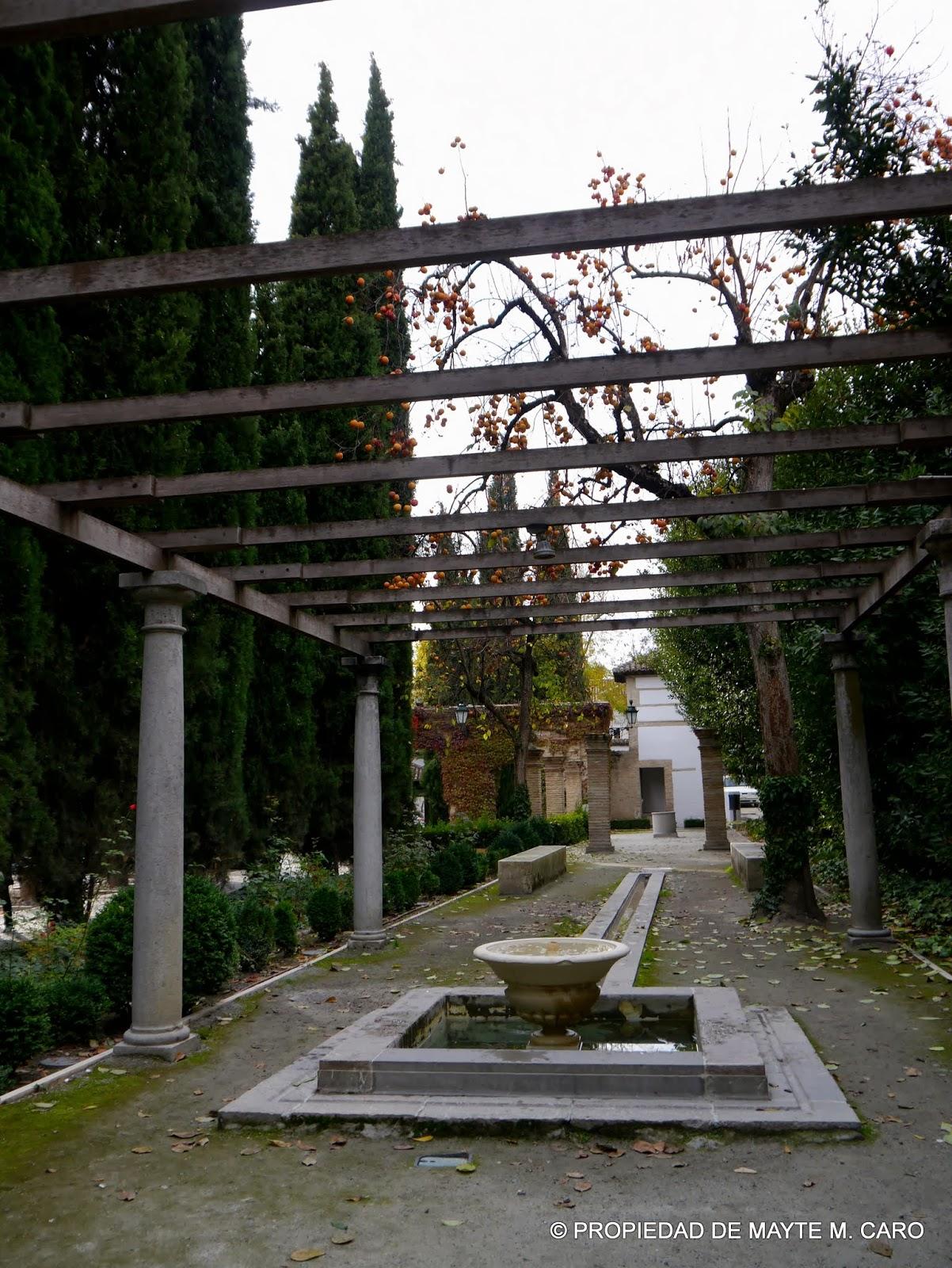 Fuentes de granada la fuente del amor eterno o de do a for El jardin romantico