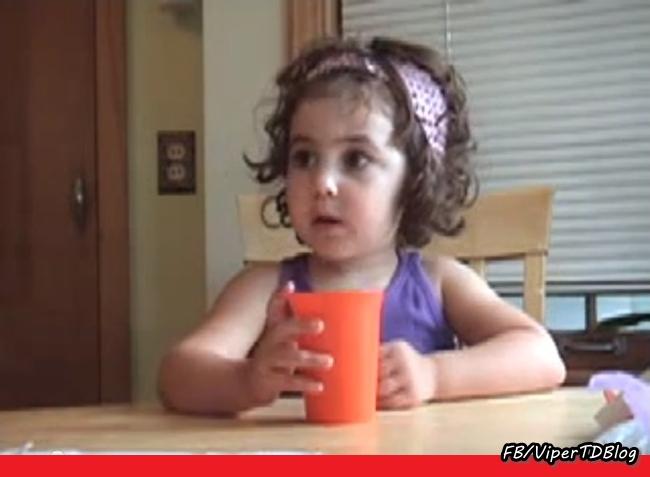 Menina de três anos narra Star Wars.