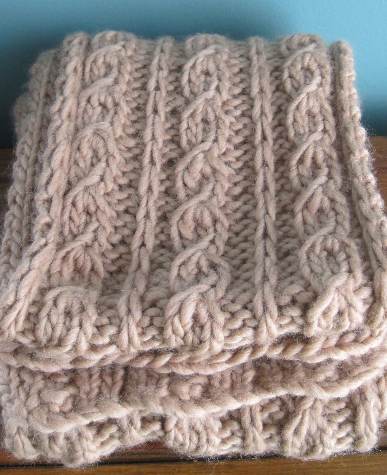 Knitting Pattern For Infinity Scarf With Bulky Yarn : Discoknits: Lofty Scarf #1