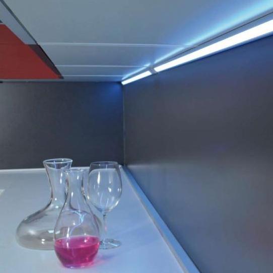 Regleta led armario cocina luz iluminaci n tu cocina y ba o - Led para cocina ...