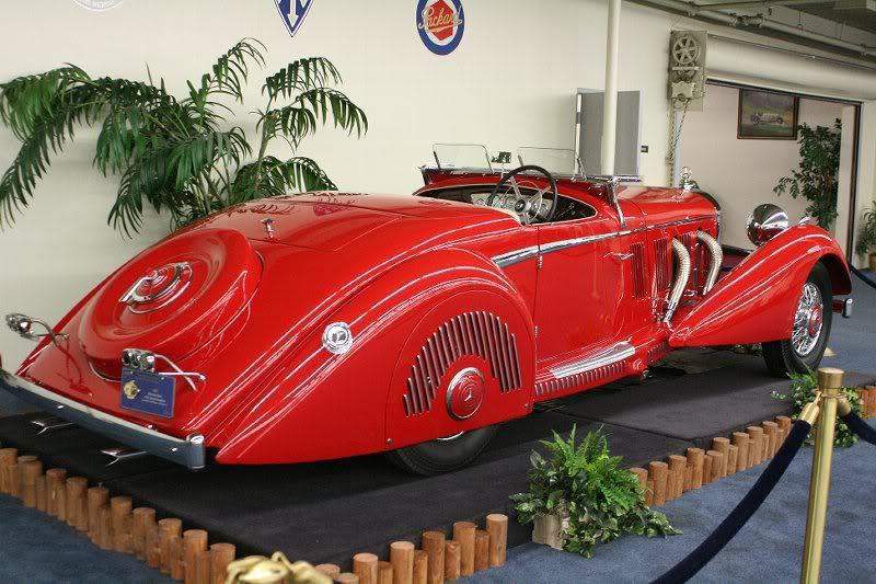 a car 1937 Mercedes Benz