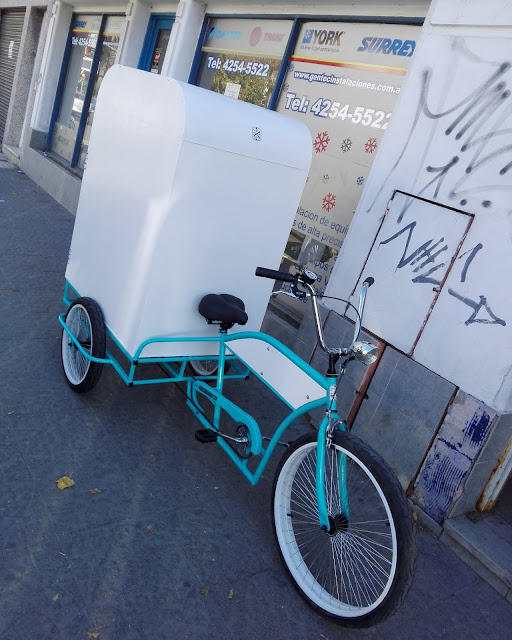Triciclo adulto kustom foodbike publicidad.