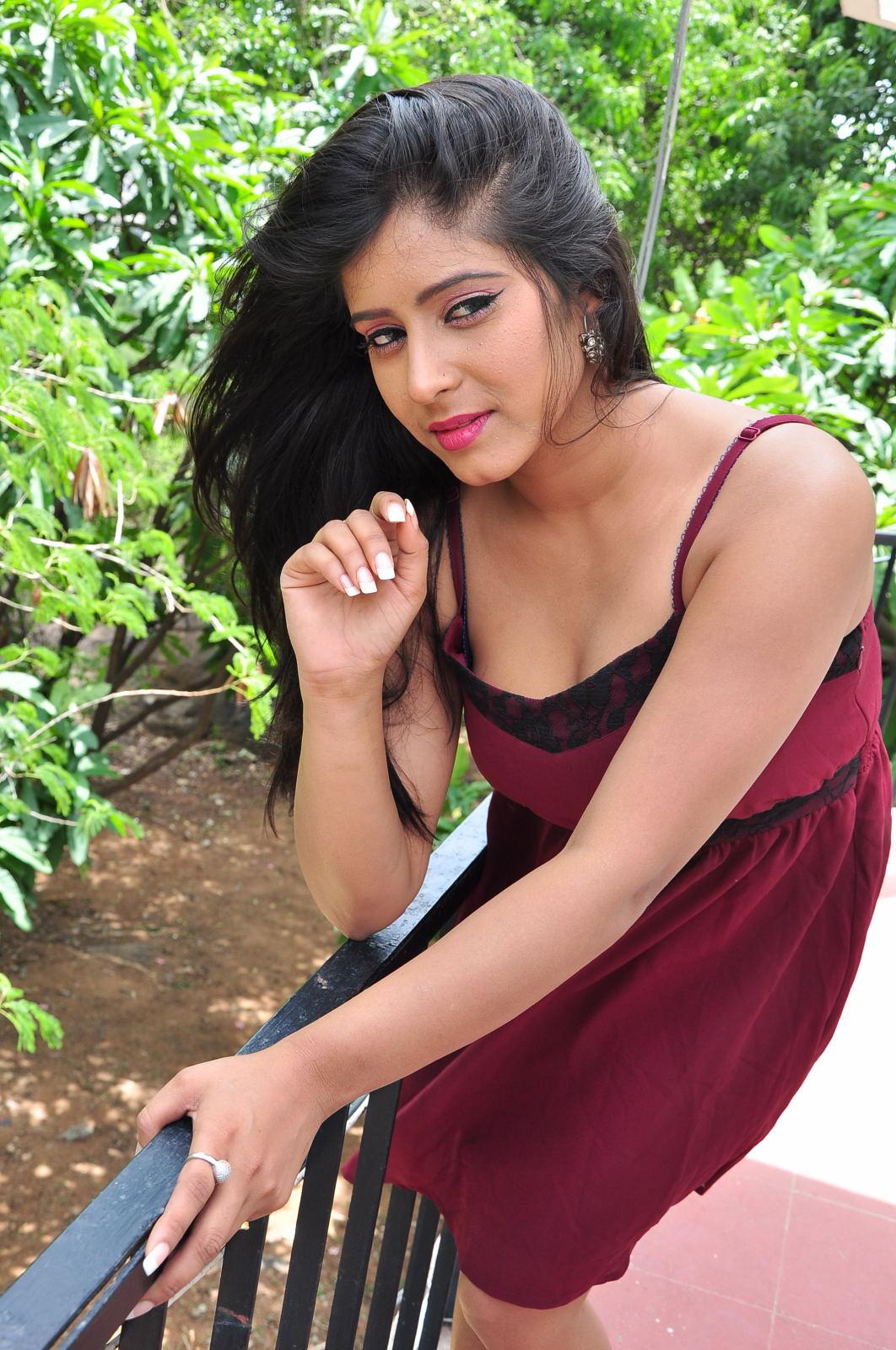 manisha thakur latest sizzling pics-HQ-Photo-20