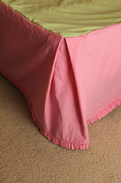 DY Bedskirt    Night Owl Corner