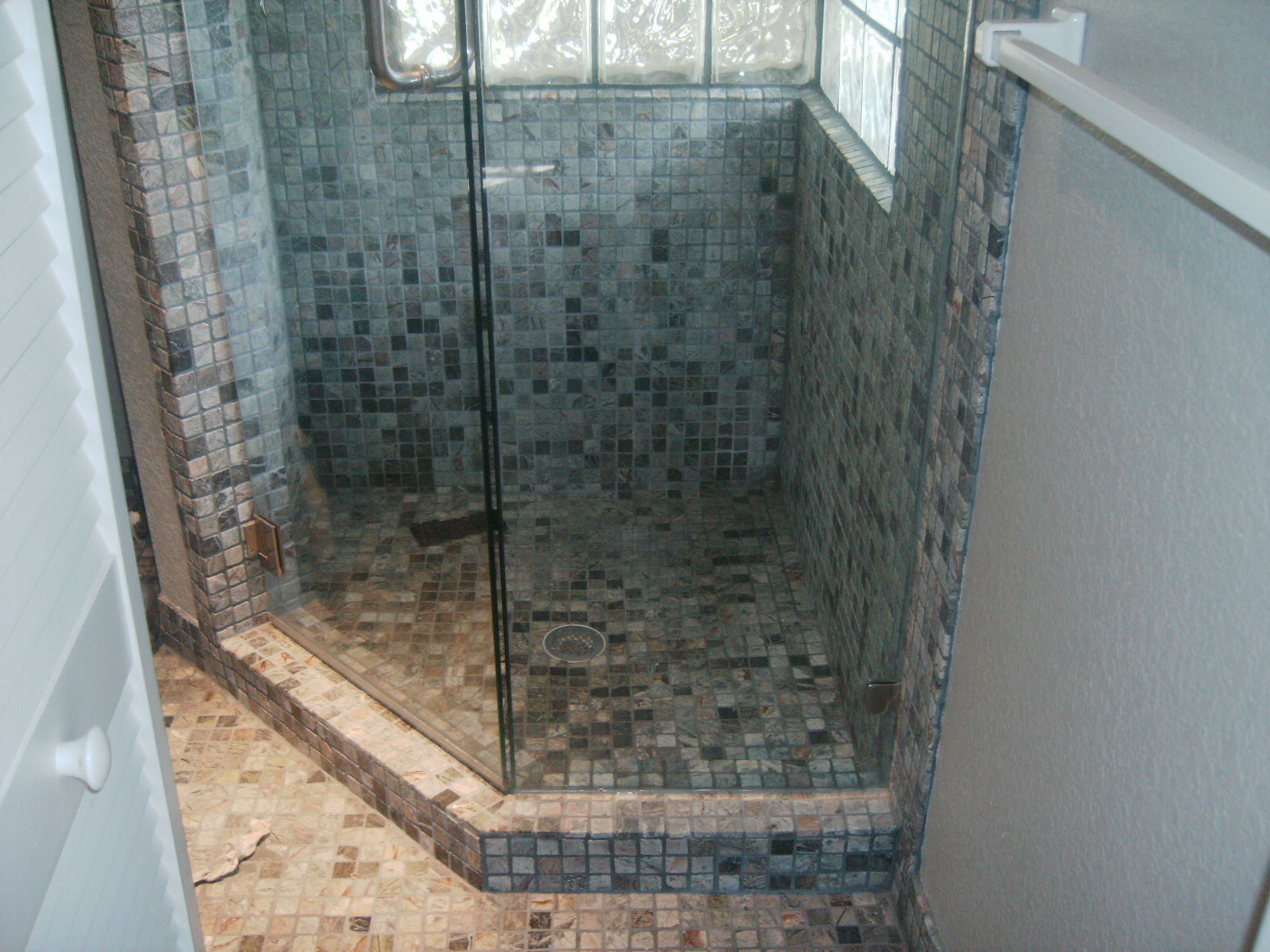 Cozy Corner Shower Photos Confessions Of A Tile Setter