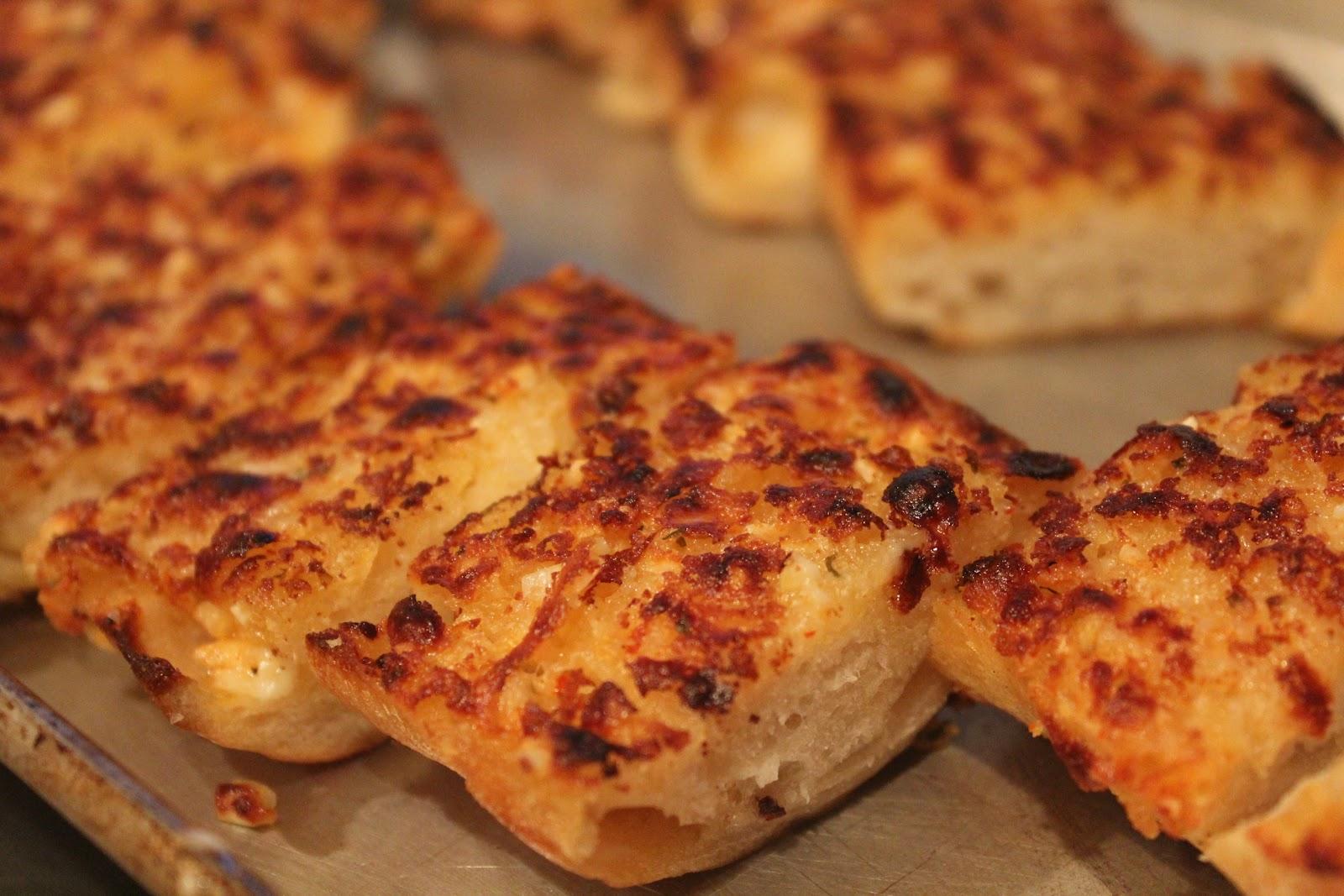 Garlic Bread}