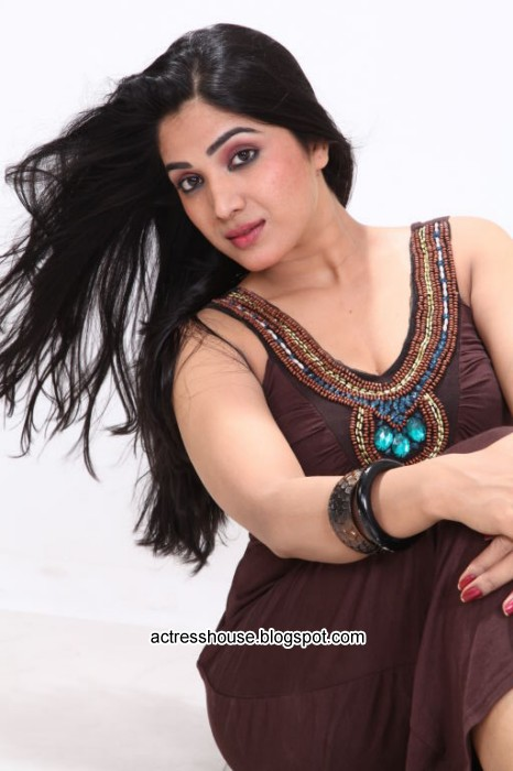 Avanika hot spicy stills