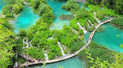 Footpath at Plitvice Lake, Croatia