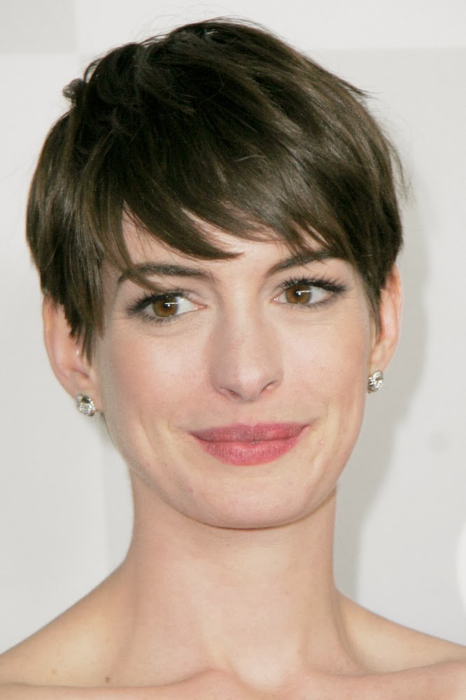 Hairstyles For Short Hair Oval Face : Short hair for oval faces thick hair Hair and Tattoos
