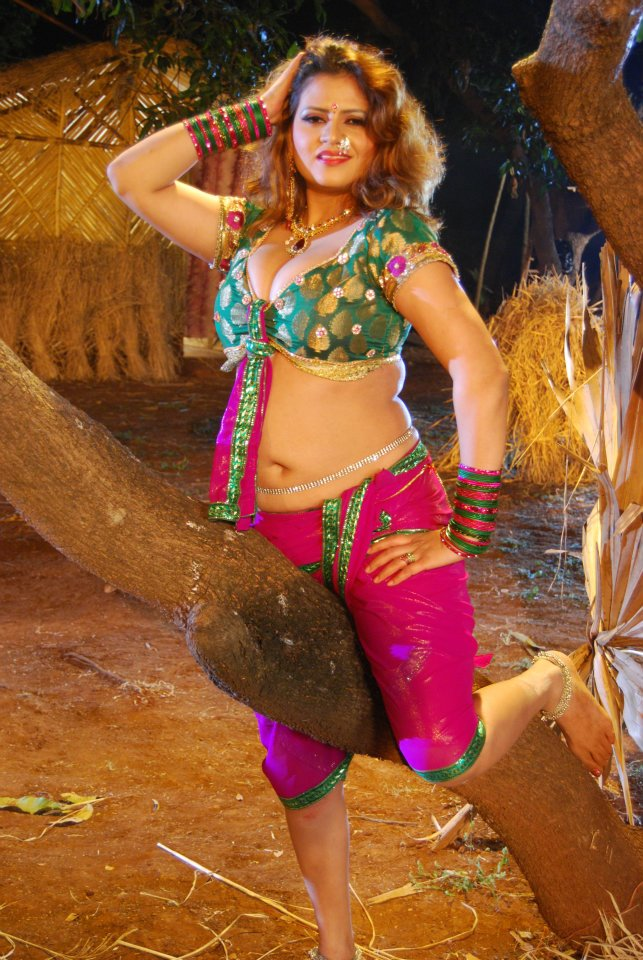 bhojpuri actress sapna - photo #7