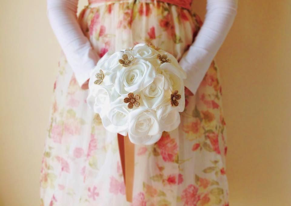 ramo de rosas marfim