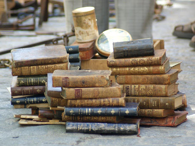 Bibliopole, Bibliophile, Antique dealer, Book seller, Rare, Expensive
